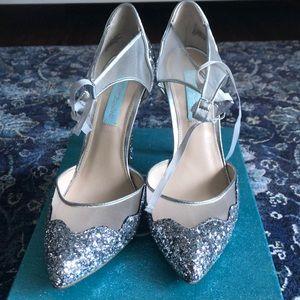 Betsy Johnson wedding shoes! Brand new!